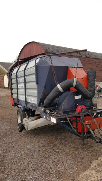 TRILO SG700 Vacuum Grass Collector Sweeper NOW SOLD for sale