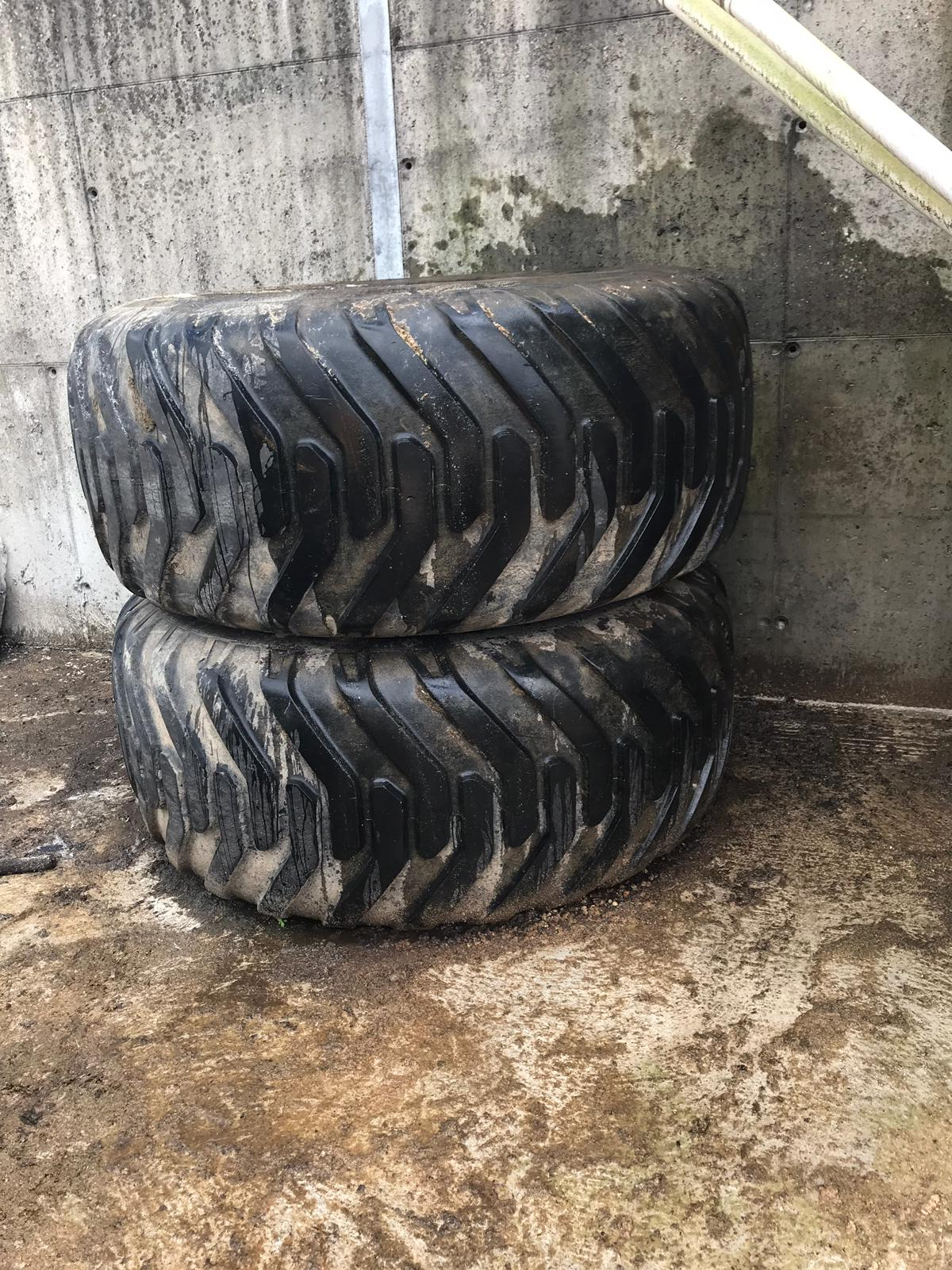 Set of Wide Wheels with Nokian Grass Tyres for sale