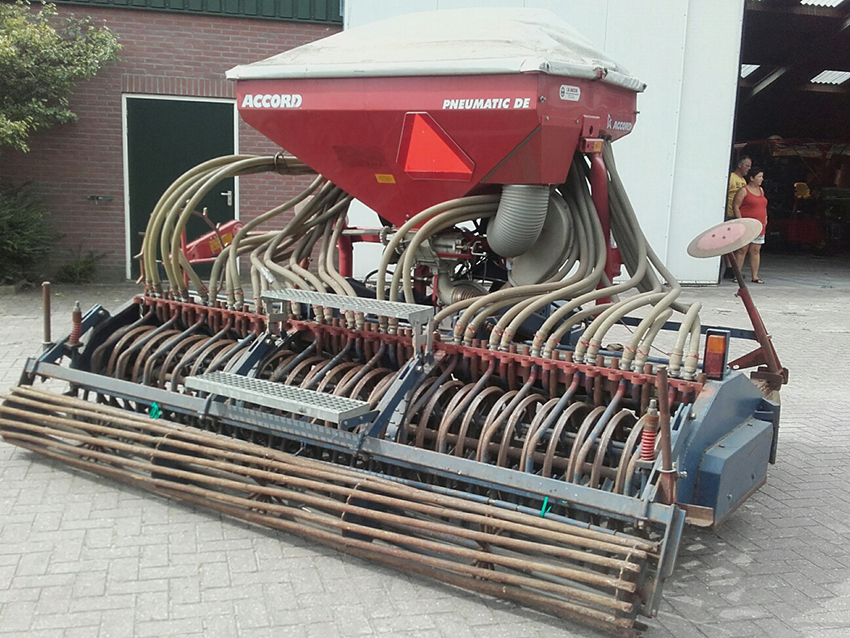 Swincosem Pneumatic seeder for sale